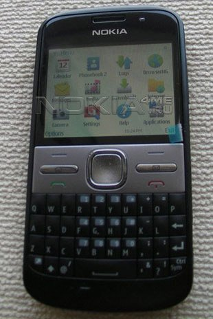 Nokia E73 появится в продаже у сотового оператора T-Mobile USA в июне?