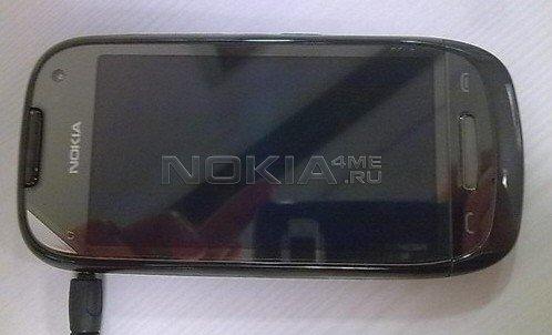 """""""Засветилась"""" Nokia C7"""