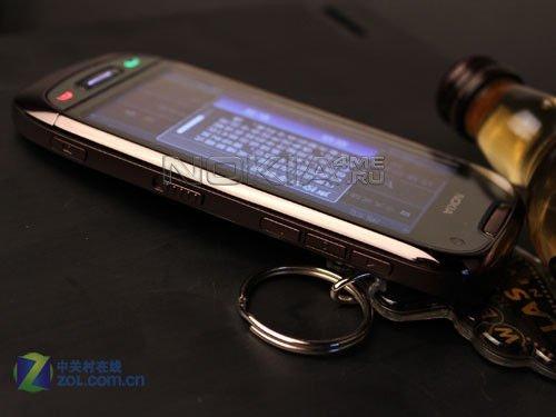 Первые качественные фото Nokia C7
