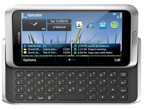 Nokia продала в России 200 смартфонов E7 за неделю