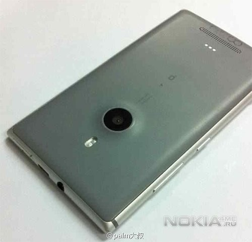 Живые фото Nokia Catwalk